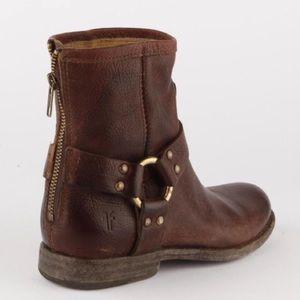 Frye Shoes - Frye Phillip Harness Short Brown Boots sz 7